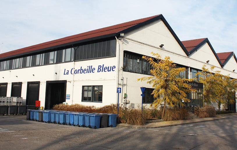 Home_la_corbeille_bleue
