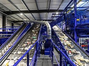 Inauguration de l'usine Trivalo 33 à Illats – la première de Gironde permettant le recyclage de tous les emballages plastiques